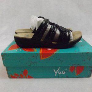 """NEW Womens YUU """"Dansa"""" Sandals - Black - Sz 7.5M"""